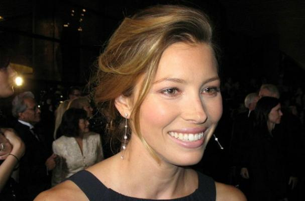 Jessica Biel's tips for eating out
