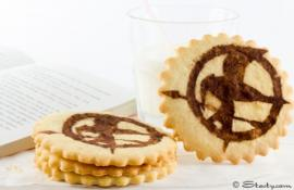 Thrilling Hunger Games Shortbread Cookies